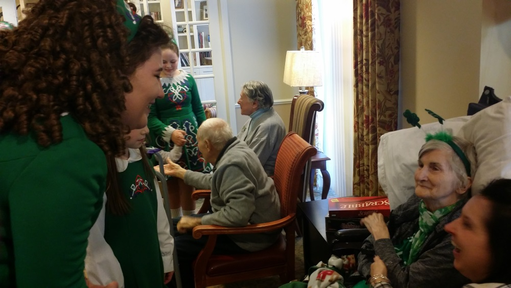 Irish Dancers Add Extra Joy to Patient\'s Gift of a Day