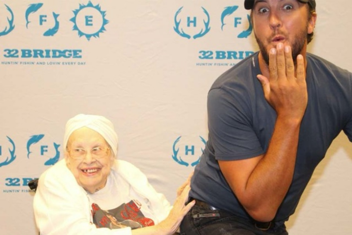 luke bryan and hospice patient
