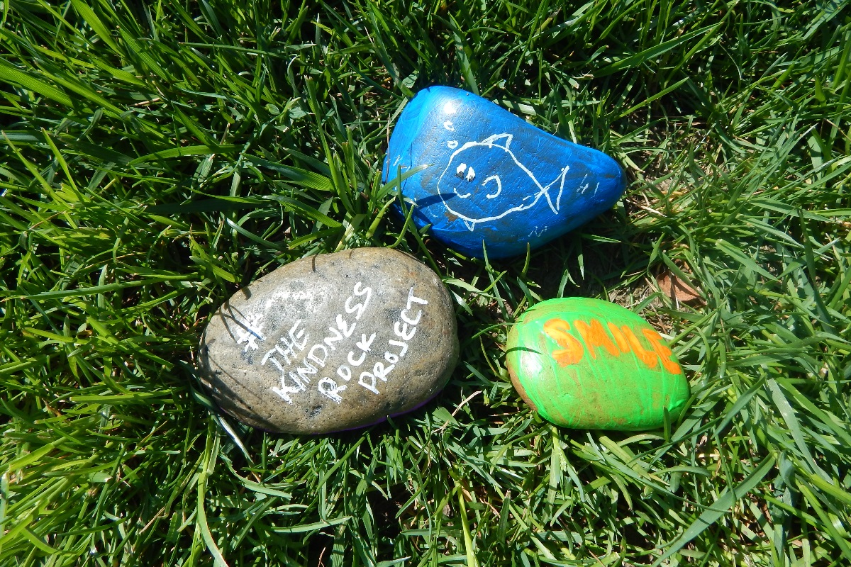 kindness rocks dementia patients