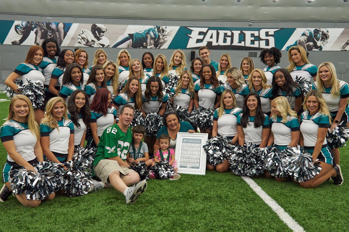 Eagles Cheerleaders Gift of a Day Lucy.png