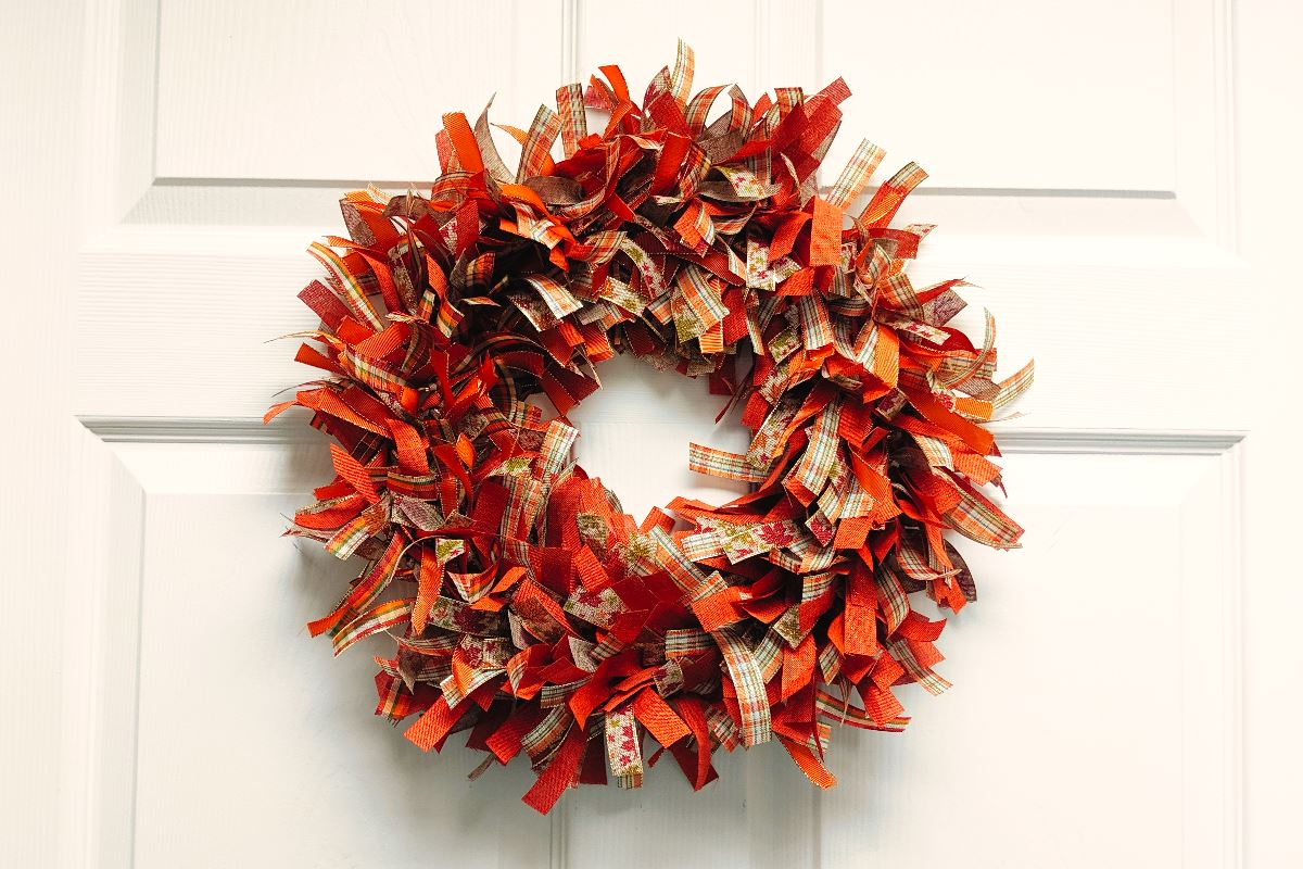 rag wreath.jpg